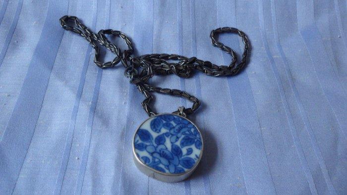 紫色小館8------明嘉靖銀飾瓷片項鍊