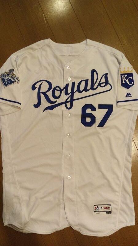 MLB大聯盟堪薩斯城皇家隊王建民白色實戰球衣-附大聯盟認證-可以交換實戰球衣