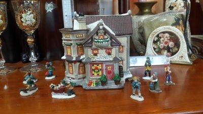 【歐風小鎮】 進口歐風小鎮街景陶瓷燈屋 擺飾,收藏,WINERY內無窗景小人