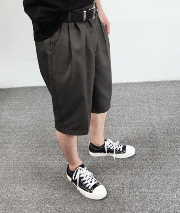 【NoComment】Eugene tong美式西裝休閒六分折燙西裝短褲 兩色 ZARA