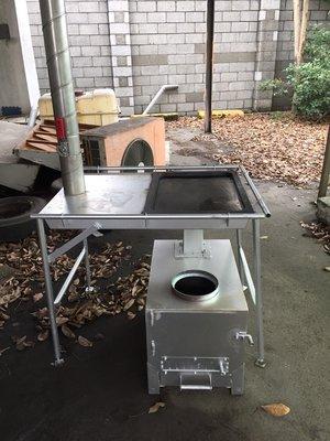 戶外露營、營地多功能窯烤爐(附有煎盤)