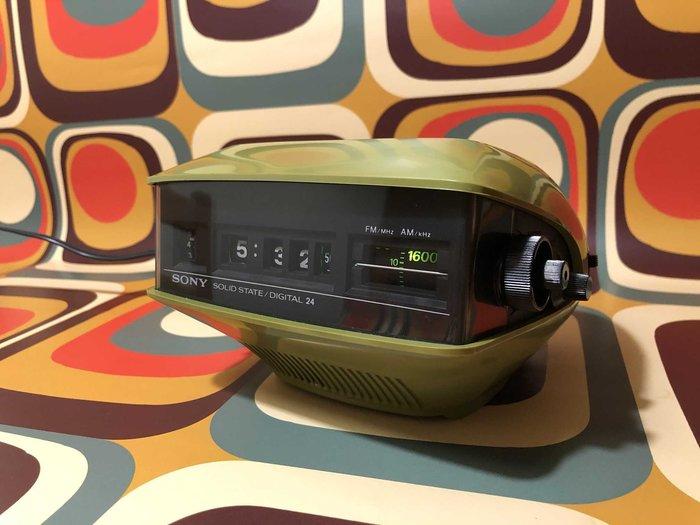 *已售出*1970年代/太空時代鬧鐘收音機 SONY TFM-C200