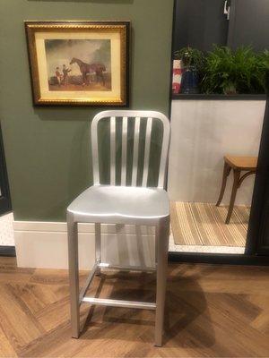 Crate &Barrel 正貨 Delta 鋁製吧台椅 原價7200 經典不敗款 狀況良好
