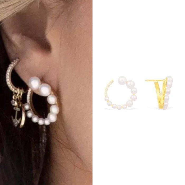 💎1601、(預購)款素雅文靜名媛珍珠迷人圓弧耳環💎 名牌精品 耳環 925純銀耳針 空運來台 輕奢珠寶 正韓飾品