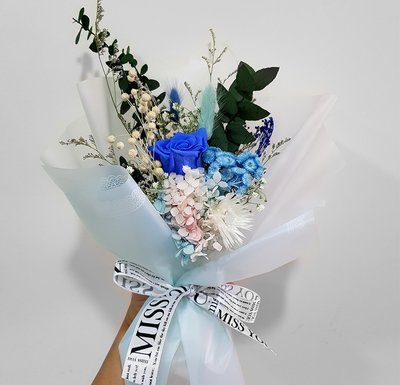 A641單朵玫瑰永生花花束   ✿朵麗絲花店 情人節 畢業季 生日花束