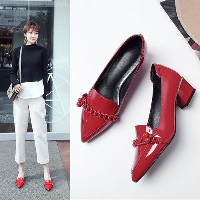 單鞋女 春季新款真皮紅色尖頭鞋中跟黑色小皮鞋女鞋淺口鞋瓢鞋