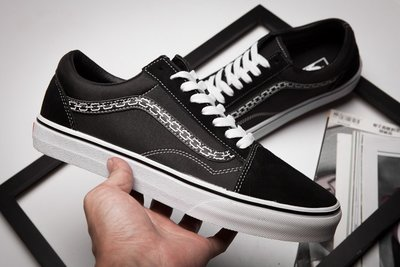 ☆LION販殼☆Vans Sketchy Tank x Vans休閒鞋 情侶板鞋 黑色專業滑板鞋 低筒 休閒百搭 慢跑鞋