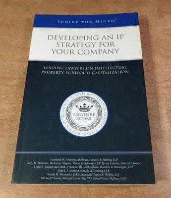 原文書Developing an Ip Strategy for Your Company│1596220929│七成新