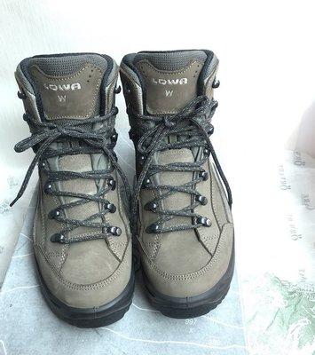 [姜姜go]🐳  LOWA  GORE-TEX 中統多功能健行鞋 原價超過8000元