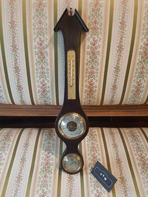 【卡卡頌 歐洲跳蚤市場/歐洲古董】歐洲老件_木雕刻 黑 壁掛 溫溼度氣壓計 ss0330 提供租借