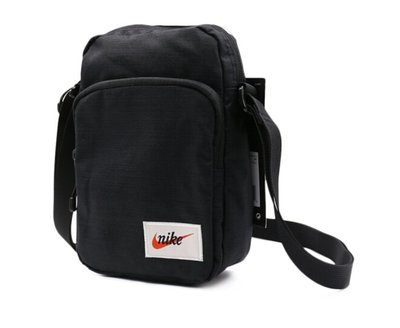 金仕曼 NIKE HERITAGE SMIT 黑 小方包 斜背包 側背包 配件 BA5809-010