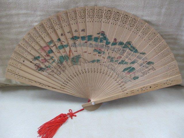 二手舖 NO 3164 傳統扇子 杭州西湖美景 梅花 早期收藏 擺件 拍片道具