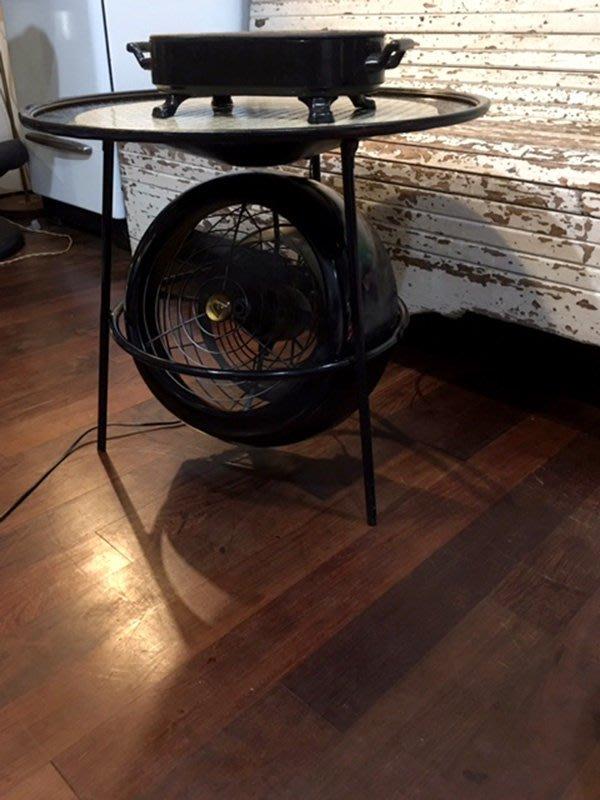 少見  法國  Staub  ((黑色))  鑄鐵搪瓷板加熱 保溫器   也可當  鍋墊 湯鍋墊