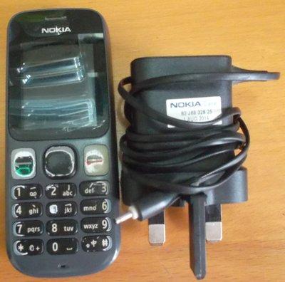二手可用 冇壞 NOKIA 諾基亞 101 雙卡雙待手機 連充電器 尺吋: 大約11 x 4 x 1.5 cm 重量:大約70g 注意:數字墊已經開始褪色