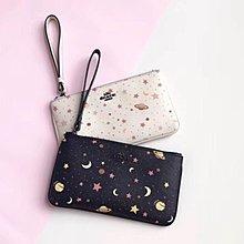 Melia 米莉亞代購 COACH 2019ss 11月新品更新 30058 手拿包 零錢包 小手拿 兩色星空圖案