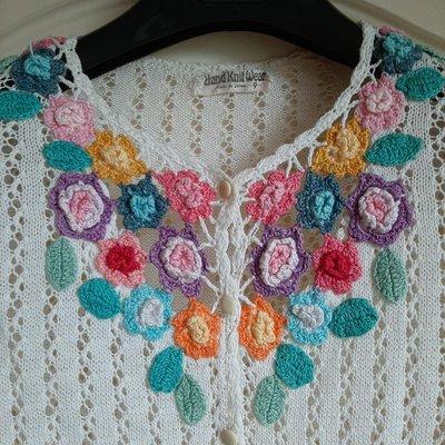 【Bjs啵古着】1970年代日本製Hand Knit Wear手工織花白色長袖針織罩衫-9號