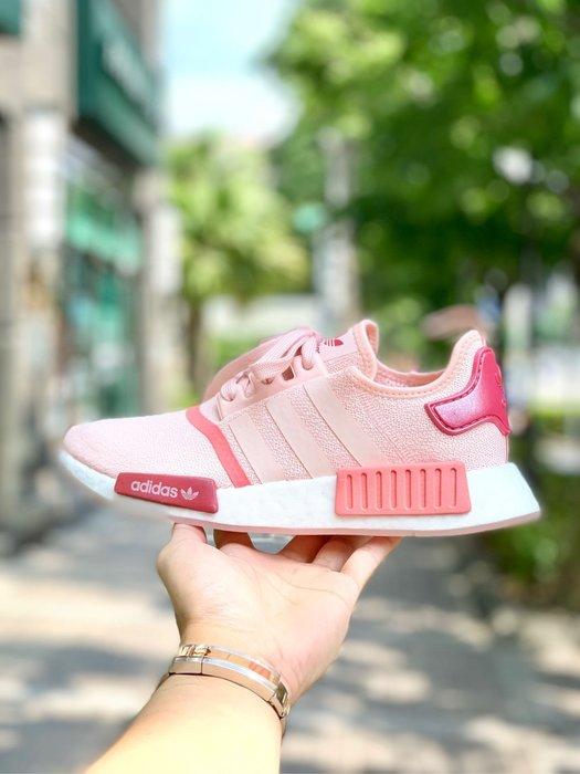 【Cheers】Adidas NMD R1 Boost 花粉 粉白 白粉 櫻花粉  限定 女鞋 歐美限定款 EG5647