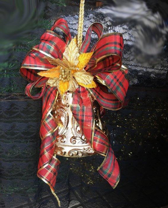 【洋洋小品10吋刻花許願鐘 聖誕鐘串】桃園平鎮中壢聖誕節聖誕帽聖誕服花圈樹藤聖誕燈聖誕樹聖誕紅聖誕大鐘串 聖誕花環