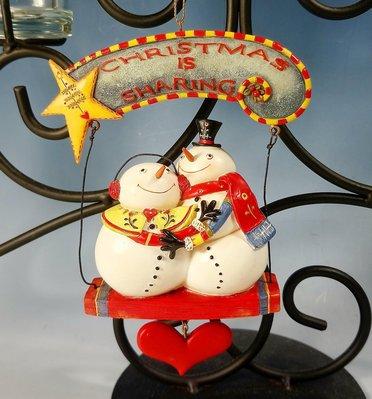 聖誕節雪人情侶愛心塑像吊飾:聖誕節 雪人 情侶 愛心 塑像 吊飾 居家 家飾 設計 收藏 禮品 雜貨