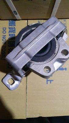 FOCUS引擎腳右1.6 MK3 小C油庫 BV61-6F012-CB