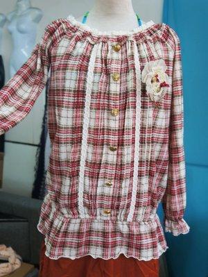 日本*LIZ LISA 出清399元*東京帶回服飾清倉-時尚學院風-格紋長版長袖上衣(附別針)