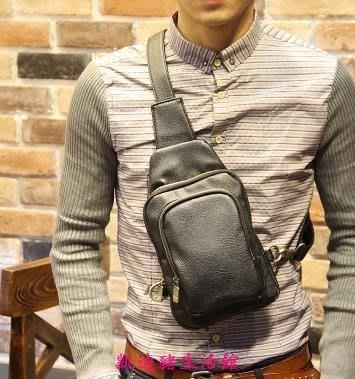 【凱迪豬生活館】新款韓版潮流休閒胸前斜跨小包單肩包手提男士胸包腰包KTZ-201062