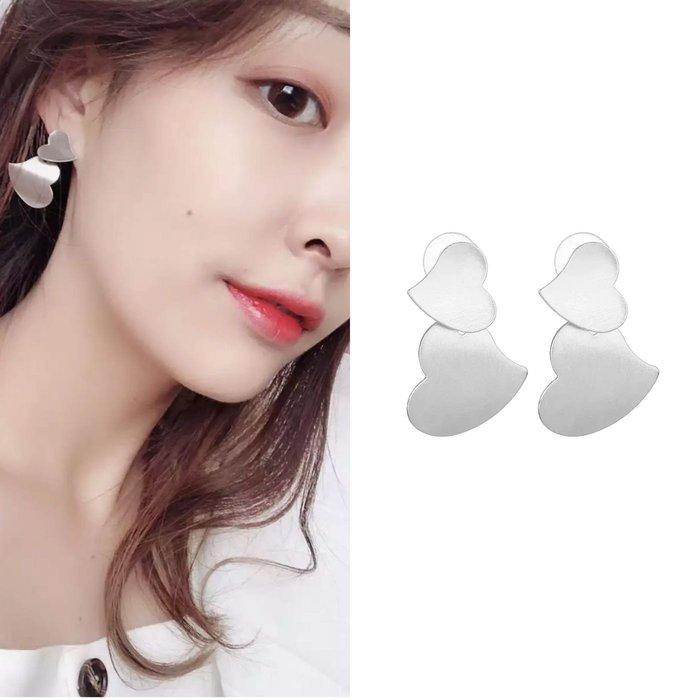 💎1516、韓系甜美亮采光澤閃銀雙心耳環💎正韓飾品 耳環 珠寶 925純銀耳針