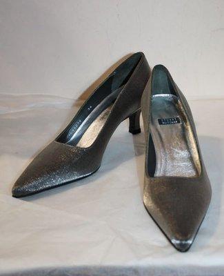 海洋工坊二手名牌旗艦店~Stuart Weitzman 金屬色系高跟鞋(size:36)  ~~~~超值商品 ~~~