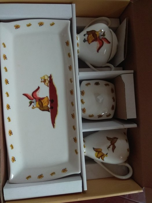 匯豐銀行紀念品   典藏水鴨點心4件組(點心盤。點心罐。奶精罐。糖罐)。特價中