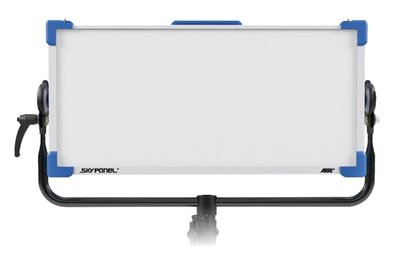 九晴天 租LED~ARRI SkyPanel S60-C LED 柔光燈 出租