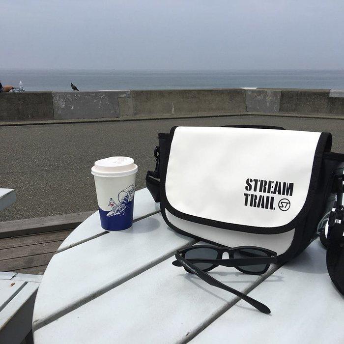 日本StreamTrail戶外防水包∼Shell單肩休閒包-浪花白Splash(上課上班逛街購物騎車最方便)