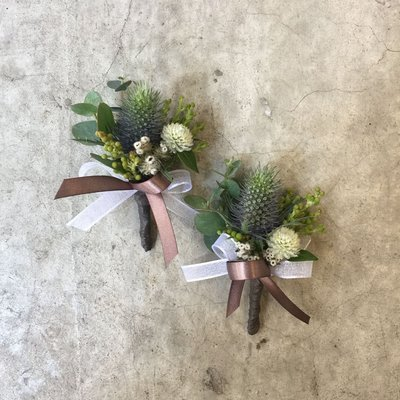 H89。紫薊胸花。伴郎胸花。招待胸花。新郎胸花。台北西門花店。【Flower&House花藝之家】