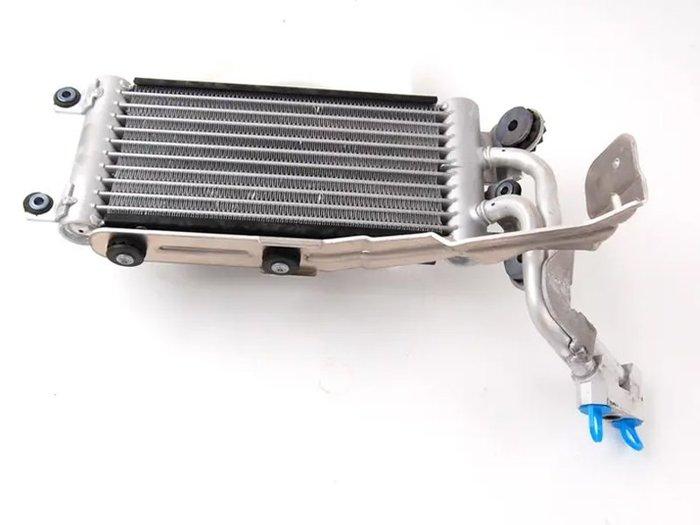 【樂駒】BMW 原廠 E90 E92 E93 M3 335i 原廠 變速箱機油冷卻器 Cooler 降溫