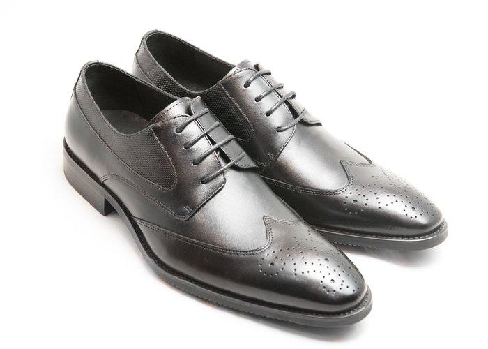 超值系列翼紋雕花德比鞋:小牛皮真皮木跟皮鞋男鞋-黑色-免運費-[LMdH直營線上商店]D1A62-99