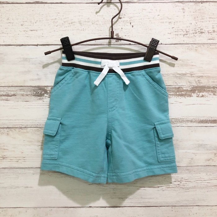 Maple麋鹿小舖 美國購買童裝品牌 GYMBOREE 男童藍綠色口袋短褲 * ( 現貨12-18 mos )