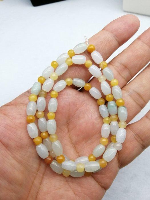 《D.N.醉愛翡翠》天然緬甸玉A貨翡翠 糯冰種,40顆橢圓珠鍊
