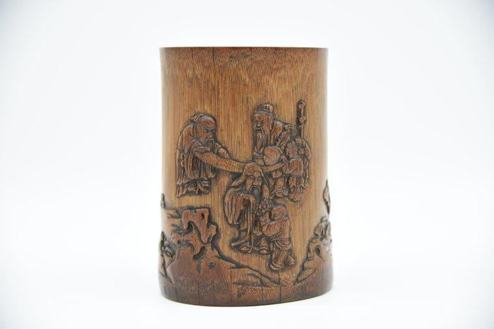 【聽竹軒】竹雕筆筒
