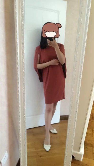 """新貨上架"""" 日本流行連身 連身裙洋裝 """"這款有修身很美Size:L。兩色可選,深藍色跟黑色"""