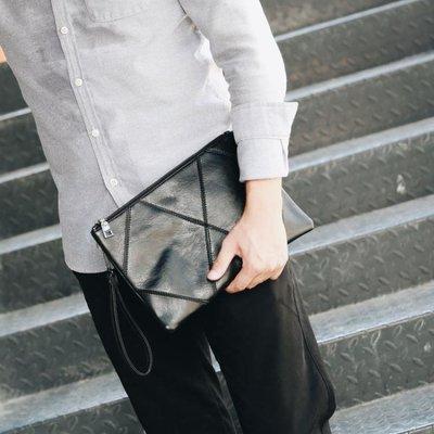 男士包包手包男包新款手提包手拿包時尚潮流韓版休閒手抓包男    全館免運