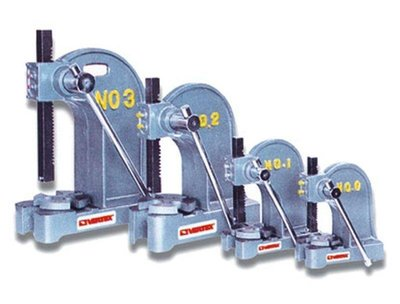 鑄鋼NO.3號排齒型手壓台