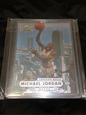 Michael Jordan Skybox Metal Universe #23 Soaring over Chicago