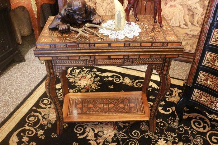 【家與收藏】極品稀有珍藏歐洲百年古董19世紀古典精緻手工母貝獸骨烏木Inlay木拼花鑲嵌遊戲桌