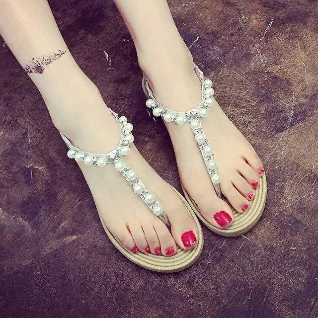 正韓學生水鉆串珠涼鞋女甜美珍珠夾腳平底公主羅馬鞋