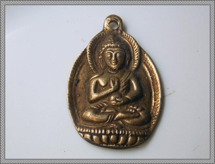 【雅之賞|藏傳|佛教文物】 *特賣* 西藏 佛像天鐵托甲 吉祥如意吊墜 掛飾~Q1627