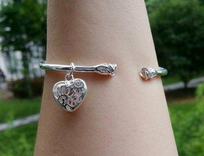 嗨,寶貝銀飾珠寶* 925純銀☆999純銀 時尚 造型 玫瑰花 鏤空心形吊墜 實心 開口純銀手環 手鐲
