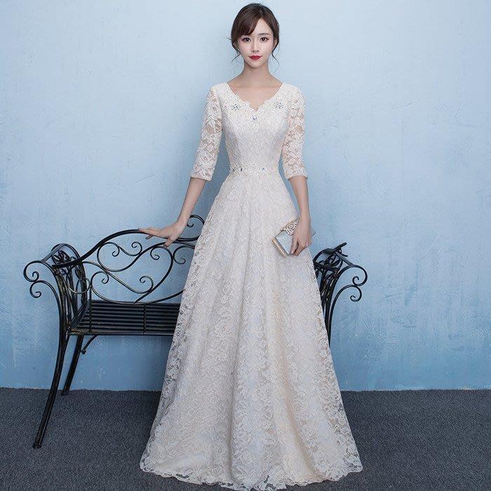大小姐時尚精品屋~~蕾絲V領中袖新娘伴娘顯瘦合唱團体服長禮服~3件免郵