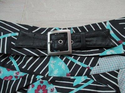 設計師品牌 百貨知名專櫃品牌SHYANCAN 蠶絲100%真絲香港進口素材台灣製造繽紛色彩幾何圖形 圓裙 及膝裙/11號