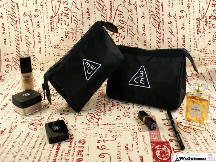 (大包)(現貨)韓國3CE 黑色尼龍 實用拉鏈款 超大容量 防水化妝包/收納包/卡包 韓劇主角熱推款-大容量-風靡日韓