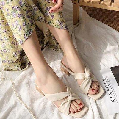 涼鞋拖鞋 好質感法式復古風粗跟顯腳瘦交錯設計高跟鞋涼鞋 艾爾莎【TSB8886】