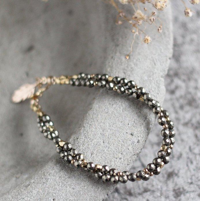絮沙. 天然石手環手鍊 幾何切面黃鐵礦 24K金純銅幾何珠 柔和細膩